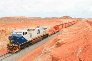 Iron ore train from Cloudbreak Mine (Fortescue)<br />