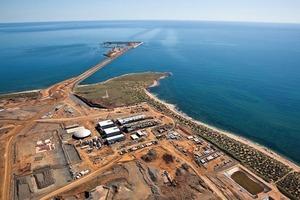 """<div class=""""bildtext"""">16Sino Iron Meerwasserentsalzungsanlage • Sino Iron seawater desalination plant</div>"""
