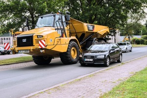 "<div class=""bildtext"">1 As of now, it is allowed to drive dumpers on public roads, provided MOT approval has been obtained</div>"