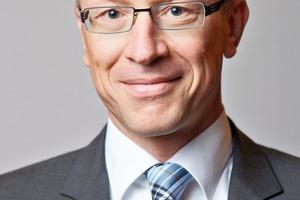 """<div class=""""bildtext"""">3 Dr. Rolf Birkhofer</div>"""