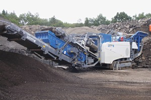 """<div class=""""bildtext"""">Belt weighers are increasingly used also in belt conveyors of mobile screening and crushing plants</div>"""