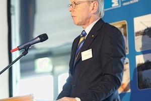 "<span class=""bildunterschrift_hervorgehoben"">11</span>Prof. Dr. Ulrich Hahn gives a summary of the event Prof.&nbsp;Dr.&nbsp;Ulrich Hahn resümiert über die Veranstaltung"
