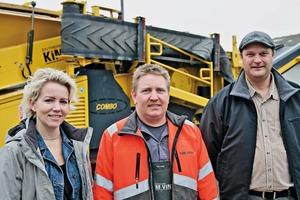 "<div class=""bildtext"">7 Proven partnership (from left): Grete and Kim Vind, Keestrack dealer Thomas Sørensen, TNS Imex</div>"