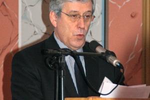 2 Dr Christoph Kemmann<br />