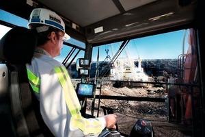 4 Kohleabbau in einer Peabody Mine # Coal mining at a Peabody mine<br />