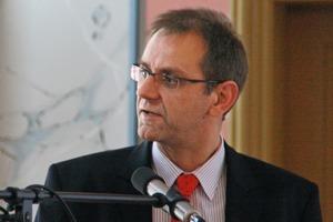 7 Dieter Übler<br />