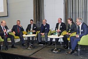 "<div class=""bildtext"">Panel discussion featuring Dr. Thomas Rummler, Dr. Sabine Langkau, Prof. Markus Reuter, Dipl.-Ing. Peter Hoffmeyer, Dr. Alexander Gosten, Dr. Christian Hagelüken and, chairing, Prof. Daniel Goldmann (from right)</div>"
