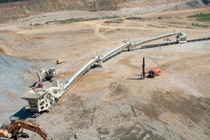 "<span class=""bildunterschrift_hervorgehoben"">10</span>Link-Förderbänder zum Materialtransport (Metso Minerals)<br />"