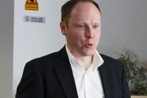 """<span class=""""bildunterschrift_hervorgehoben"""">3</span>Dr.-Ing. Björn Assmann<br />"""
