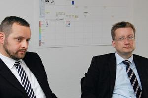"<div class=""bildtext"">5V.l.: Dipl.-Ing. Jan P. Lampke und Dr.-Ing. Hagen Müller im Gespräch</div>"