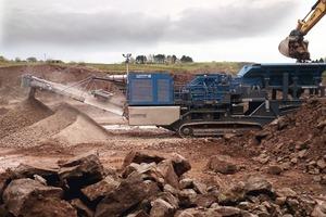 "<div class=""bildtext"">Der neue Prallbrecher MR&nbsp;122&nbsp;Z in Aktion bei Grange Quarry Ltd. • The new MR&nbsp;122&nbsp;Z impact crusher in action at Grange Quarry Ltd. &nbsp;</div>"