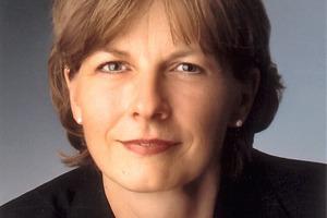 Ulrike MehlRedakteurin der AT InternationalEditor of AT International