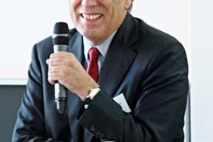 2 Dr. Christoph Kemmann<br />