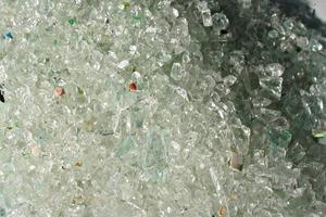 Gemahlenes Glasgemisch # Crushed glass mixture<br />