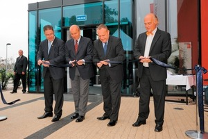 From left: Andrzej Frosztega, Managing Director of Endress+Hauser Poland, Adam Grehl, Vice President of Wrocław, Jaroslaw Duda, State Secretary in the Ministry of Labour and Social Policy, and Klaus Endress, CEO of the Endress+Hauser Group<br />