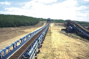 Long-haul belt conveyors at Visonta surface mine at the foot of the Mátra Mountains in Hungary, delivering 10,000&nbsp;t/h from the South Opencast Mine to the East Opencast Mine II<br />