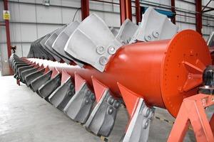 Eine der Doppelwellen des RotoMax • Oneof the RotoMax's twin shafts<br />