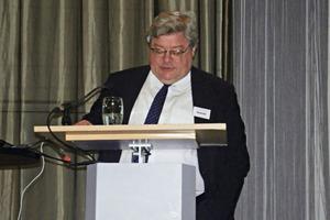 """<div class=""""bildtext"""">Reinhard Bütikofer</div>"""