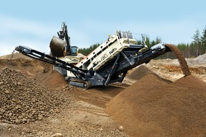 The ST3.5 as a system component of a mobile crushing and screening unit<br />
