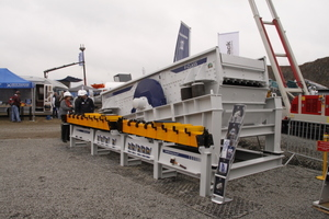 Die HAVER NIAGARA GmbH präsentierte mit der F-Class ihr Kreisschwingsieb der neuesten Generation<br />