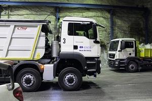 4 MAN Trucks in der Untertage-Werkstatt