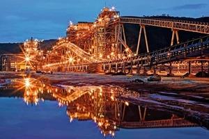 11 Tonkolilli Eisenerzprojekt in Sierra Leone • Tonkolilli iron ore project in Sierra Leone<br />