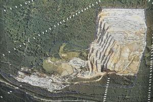 1 Standort Wehrheim der Taunus-Quarzit-Werke • Wehrheim site of the Taunus quartzite plant<br />