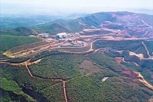 """<span class=""""bildunterschrift_hervorgehoben"""">12</span>Brucutu Eisenerzmine • Brucutu iron ore mine"""