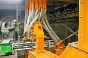 PU spiral tubes between the NIAGARA M-Class<sup>®</sup> screening machine and the discharge equipment<br />
