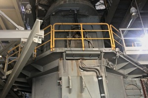 2LOESCHE Mühle Typ LM 24.2 zur Vermahlung von Phosphorit inKasachstan