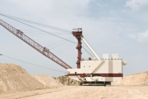 4 Mining at the Khouribga phosphate mine<br />