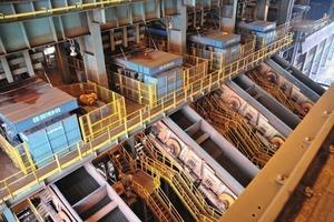 "<div class=""bildtext"">11Trennprozesse bei der Eisenerzaufbereitung • Separation processes in iron ore processing</div>"
