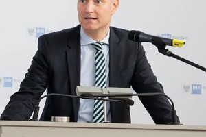 """""""We must know how to handle efficiently our raw materials in the future"""", said Prof. Dr. Mario Tobias"""