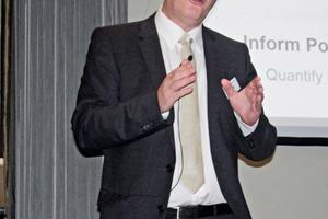 """<div class=""""bildtext"""">Prof. Dr. Dr. hc. Markus Reuter</div>"""