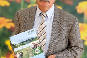 Prof. Dr. Ralf-Otto Niedermeyer. Leiter des Geologischen Dienstes und Abteilungsleiter Geologie des LUNG präsentierte die neue Broschüre erstmals der Öffentlichkeit<br />