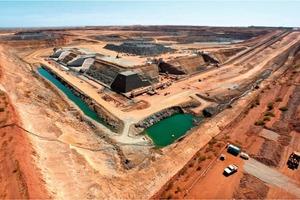 10 Eisenerzmine des Sino Iron Projekts # A Sino Iron Projects iron ore mine<br />