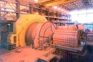 """38-foot ore-grinding mill with Frozen Charge Shaker in Kinross´ Brazilian gold mine """"Paracatu""""<br />"""