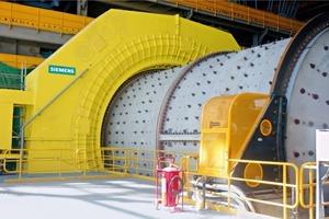 """<div class=""""bildtext"""">Getriebelose Mühlenantriebe von Siemens • Siemens gearless mill drives</div>"""