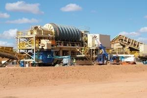 """<span class=""""bildunterschrift_hervorgehoben"""">8</span>Klassiertrommeln in der Mine Murray Basin (Iluka)<br />"""