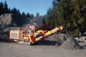 R900 impact crusher in action in limestone<br />