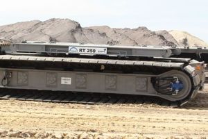 2 RT 250 transport crawler, with a centric payload of 500t, in operation in Germany