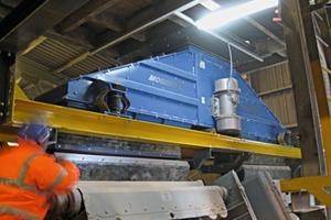 Schwingaufgeber zum Verteilen, Typ F5408CT • Vibratory spreader feeder Type F5408CT<br />