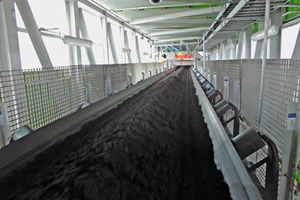 2 The feeding belt conveyor transports the ore concentrate to the BEUMER Group Pipe Conveyor. A magnetic separator ensures that metal parts are rejected, and a metal detector provides additional safety to prevent damages
