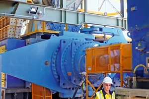 9 HPGR der Boddington Golderzvermahlung # HPGR at Boddington gold ore comminution system<br />