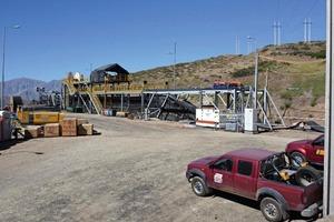 1 Blick auf die Baustelle zum Austausch des Fördergurts # View at the construction site to replace the conveyor belt