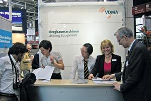 Treffpunkt VDMA-Stand # Meeeting Point VDMA stand