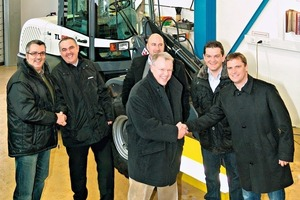 Shake hands on the new partnership during a strategy meeting in the Crailsheim works of Terex<br />