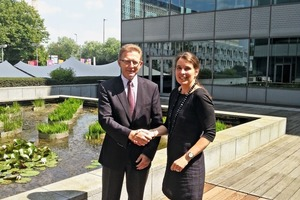 """<div class=""""bildtext"""">Eric Lepine, CECE-Präsident und die neue CECE-Generalsekretärin Sigrid de Vries<br />Eric Lepine, CECE President with Sigrid de Vries, new Secretary General</div>"""